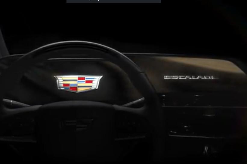 Cadillac Escalade estrenará pantalla OLED curva