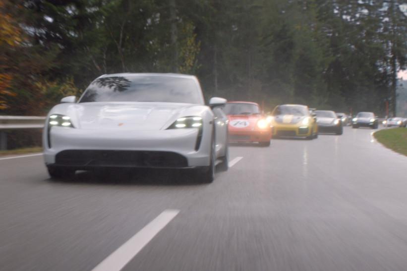 Porsche regresa al Super Bowl y muestra el nuevo GT3