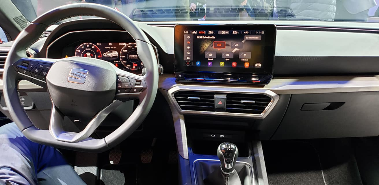 SEAT Leon 2021-Barcelona-Presentacion-oficial-2020-interiores