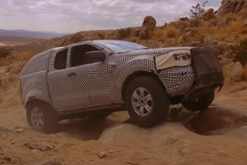 Ford Bronco, muestra sus capacidades offroad