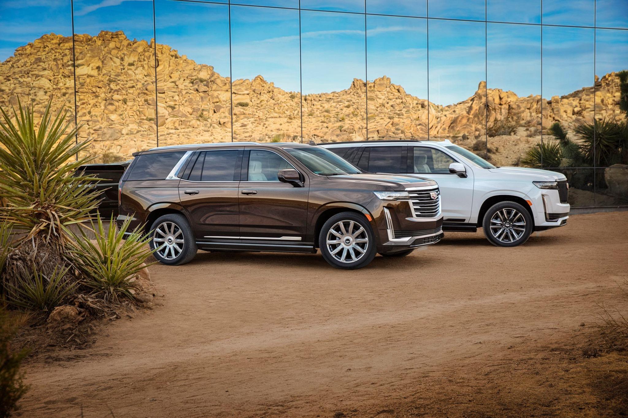 Cadillac Escalade 2021-quinta generacion-dos versiones