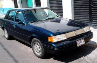 Ford Ghia 92 en azul aperlado