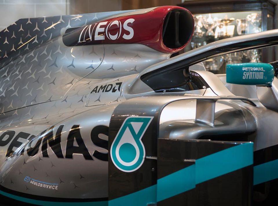 Mercedes presenta la decoración de su monoplaza 2020