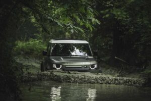 Land Rover Defender 90,