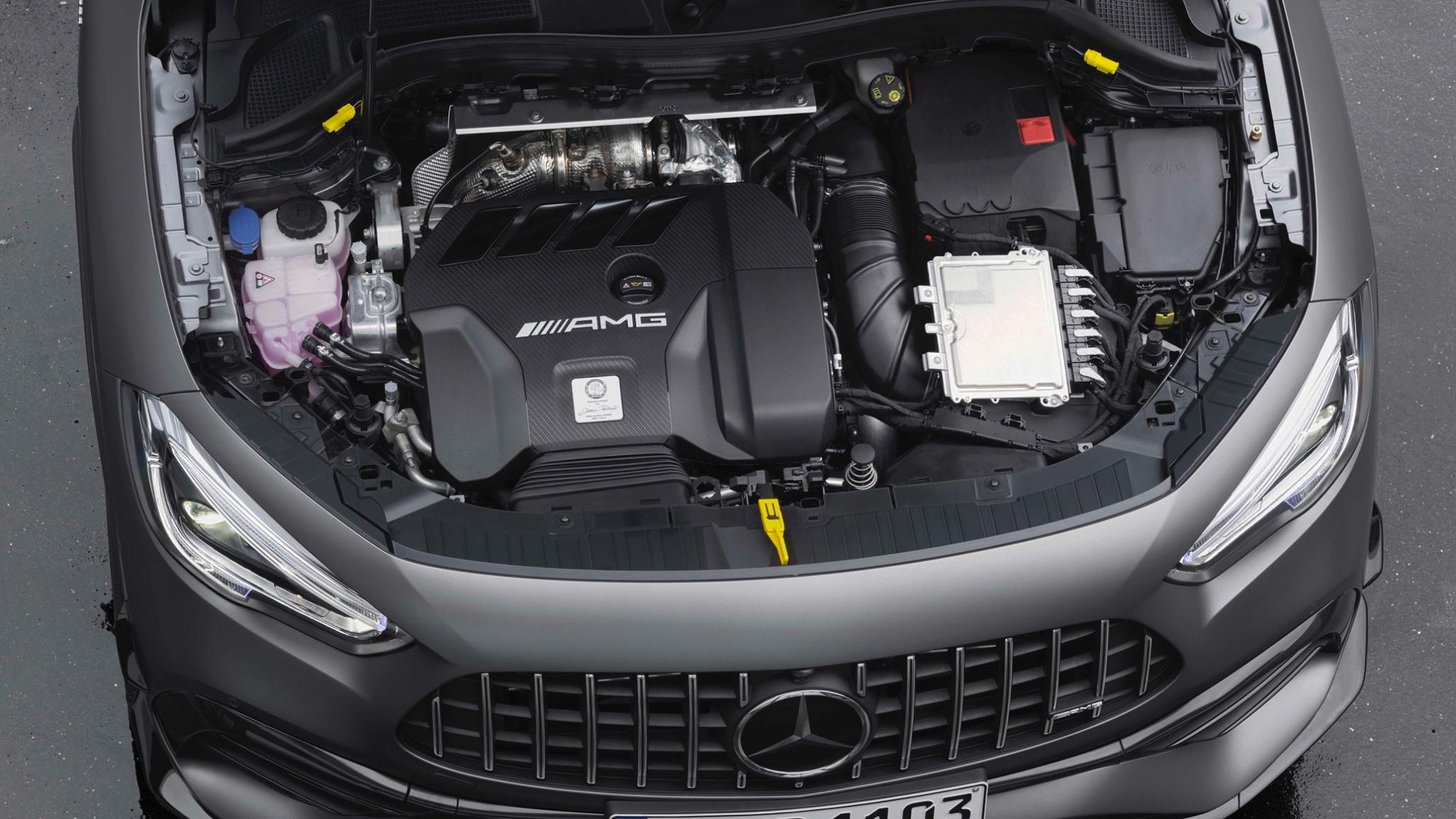 Mercedes-AMG GLA 45 motor