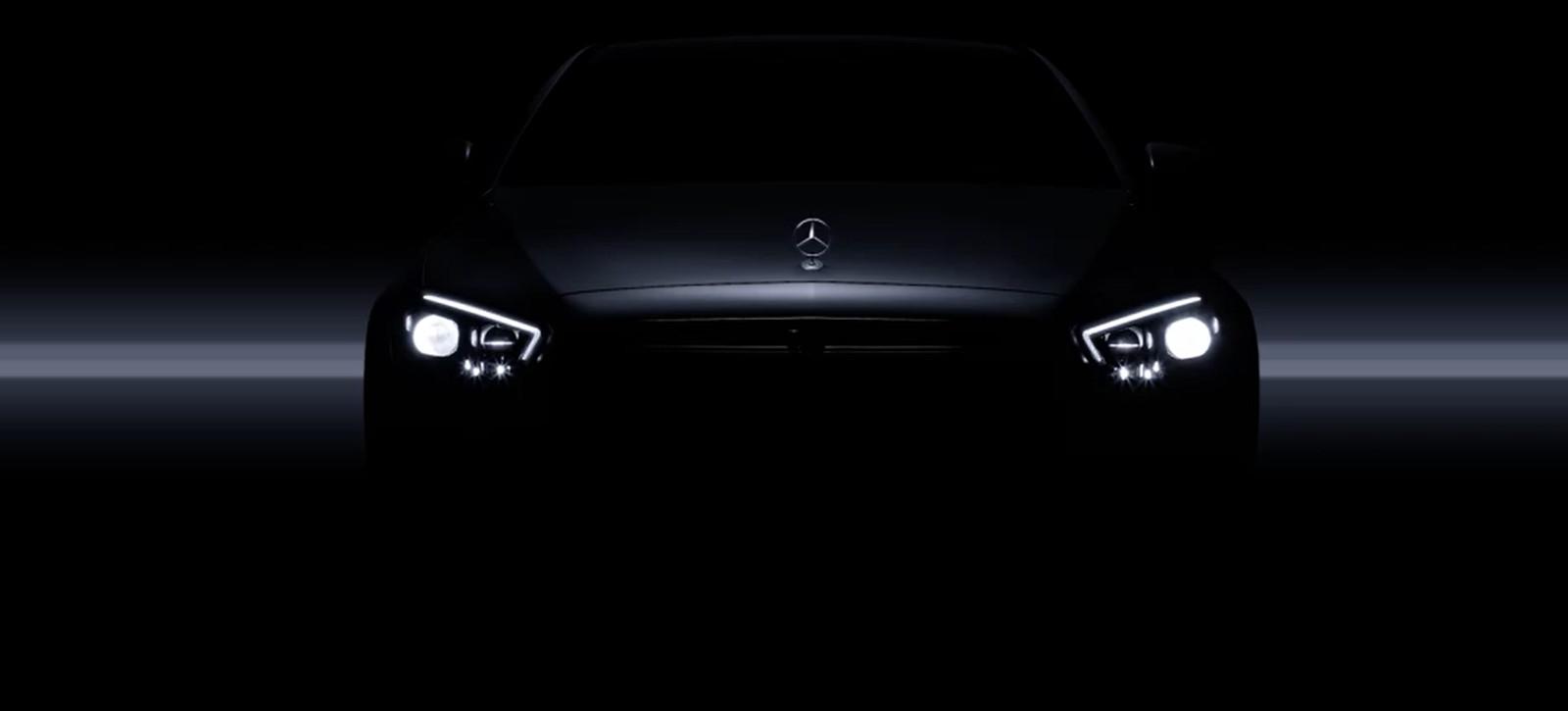Mercedes-Benz Clase E muestra sus nuevas ópticas