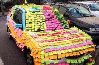 ¿Cuántos post-its se necesitan para tapizar el auto?