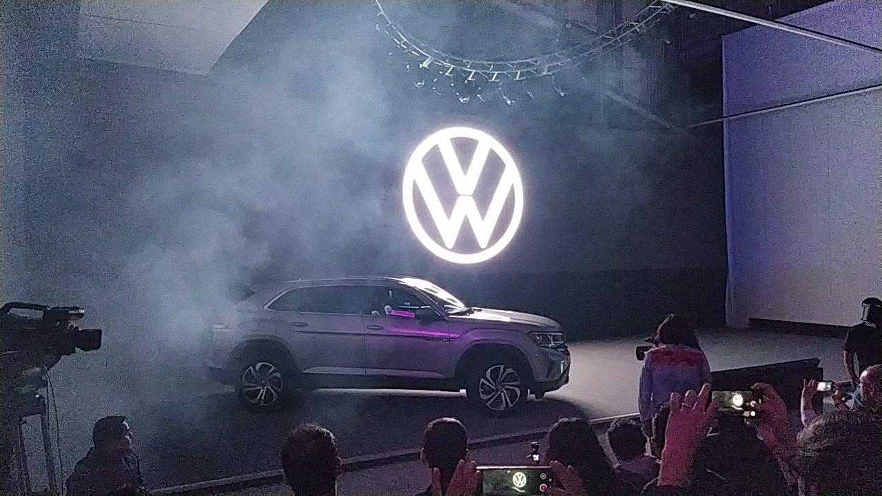 Volkswagen estrena imagen de marca y prepara nueva SUV