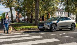 Jaguar I Pace sonido peatones