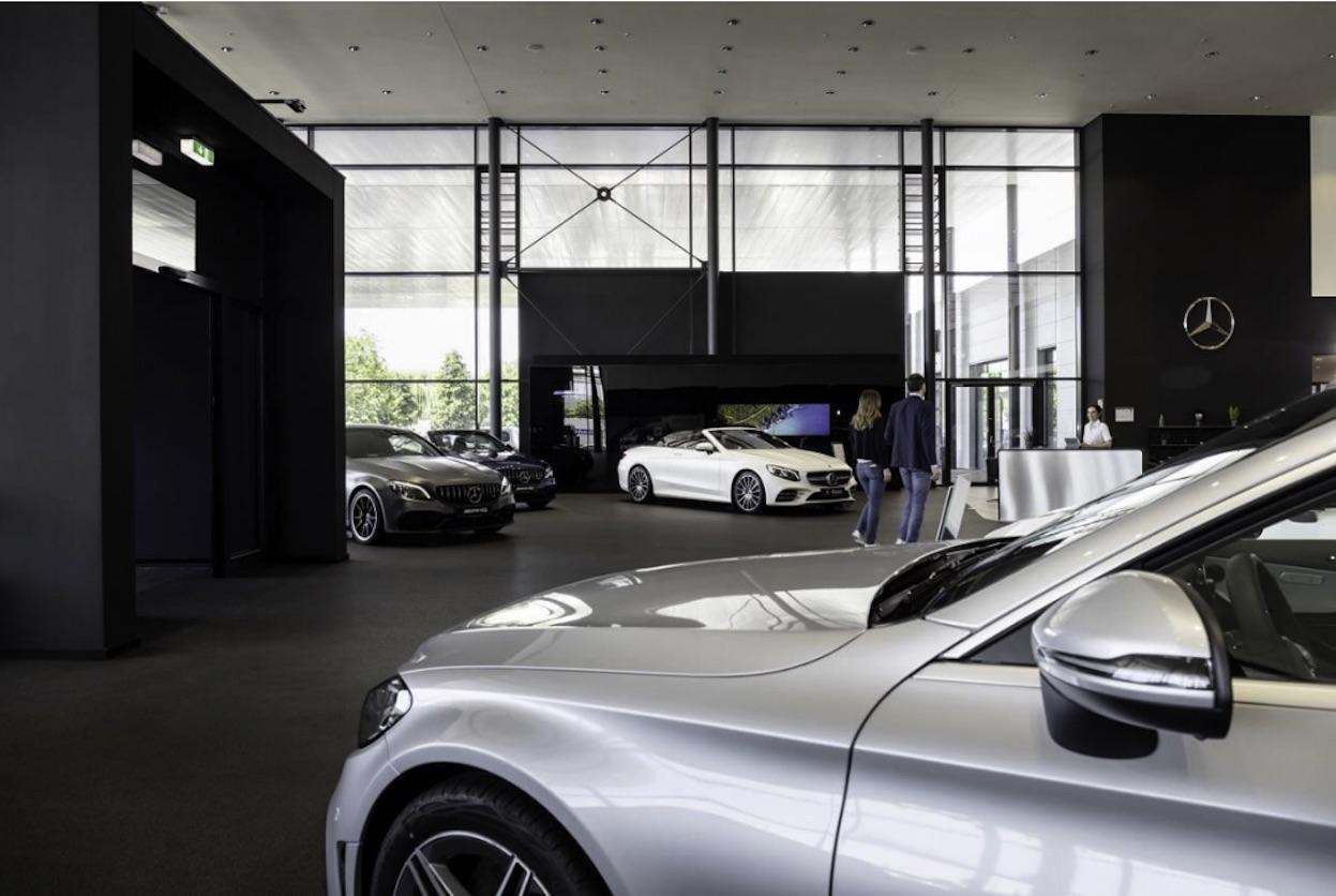 Mercedes-Benz México trabaja con sus distribuidores