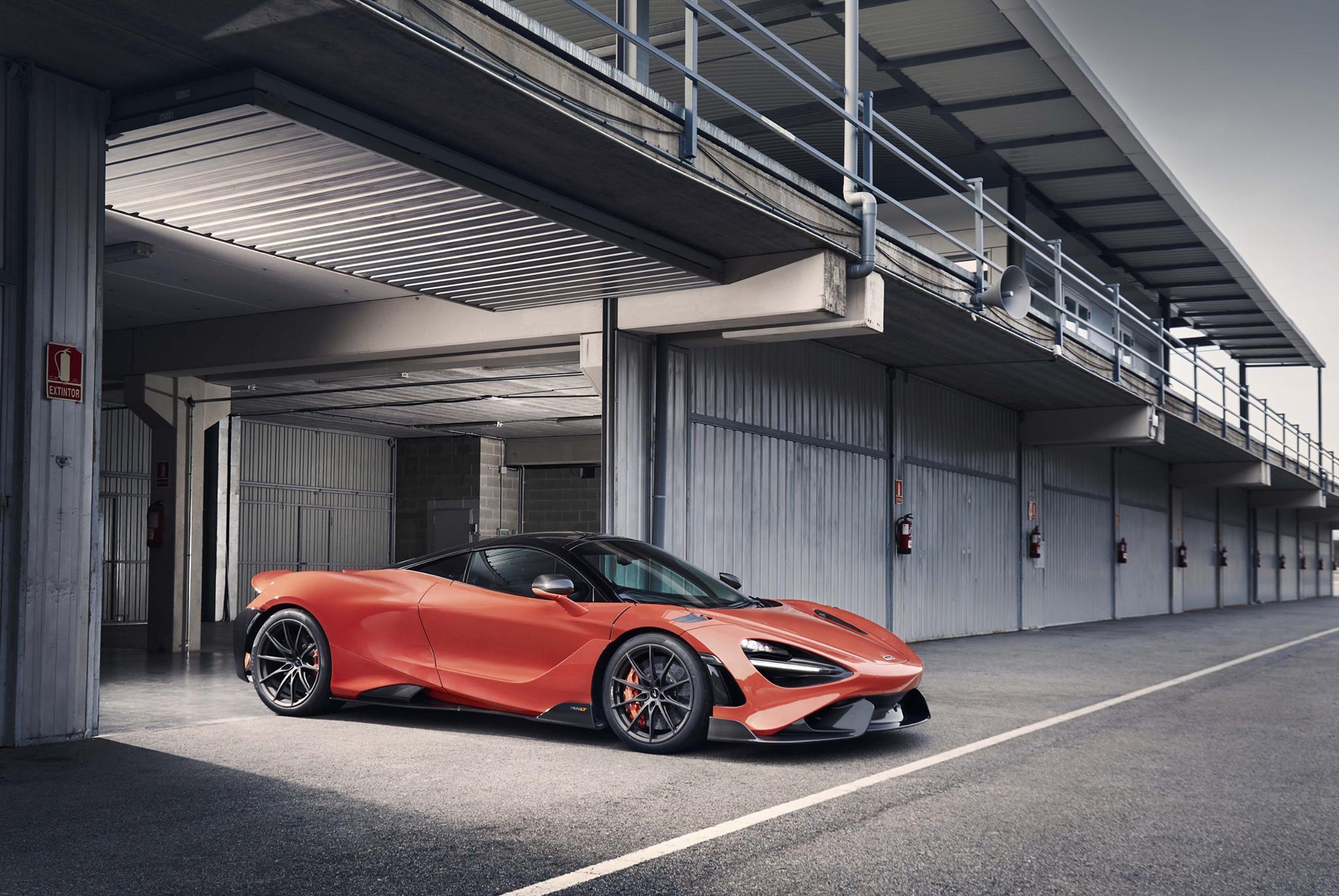 McLaren 765LT-2