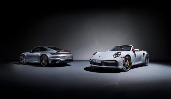 Porsche-911-TurboS-13