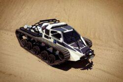 Ripsaw EV2 cuanto cuesta y cuales son sus caracteristicas desierto