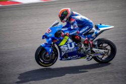 Alex Rins renueva contrato con Suzuki