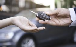 Paso a paso te decimos como hacer el cambio de propietario de un auto