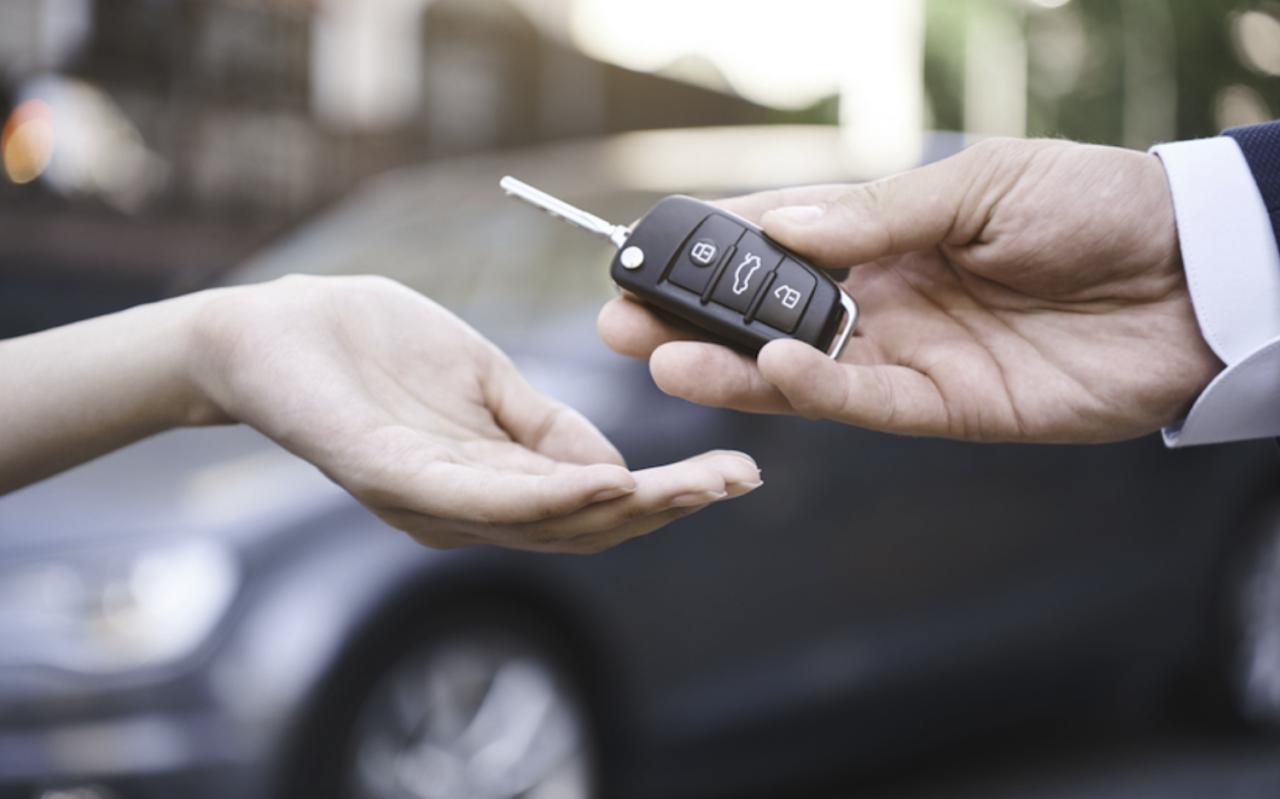 Aumentan ventas de autos nuevos en junio