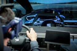 Conduce el nuevo SEAT León sin salir de casa