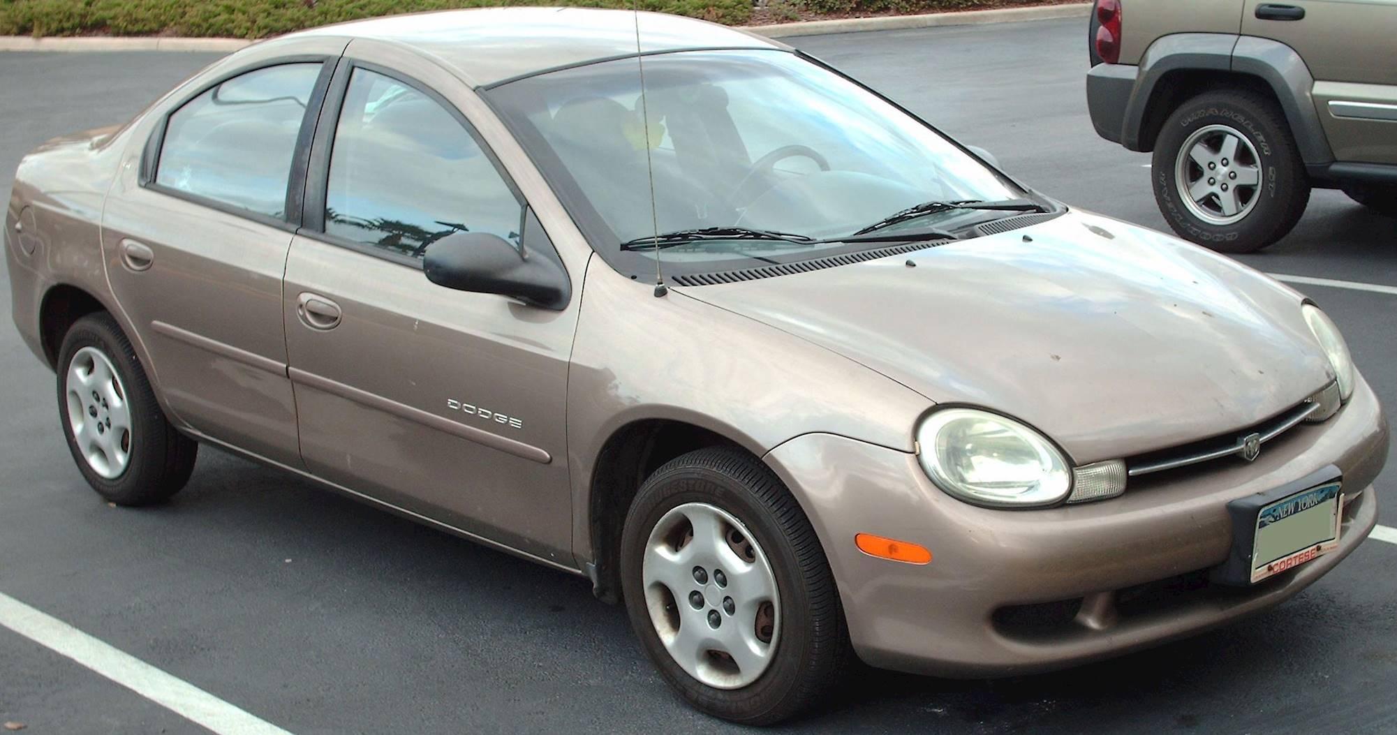 Segunda generación de Neon, año 2000