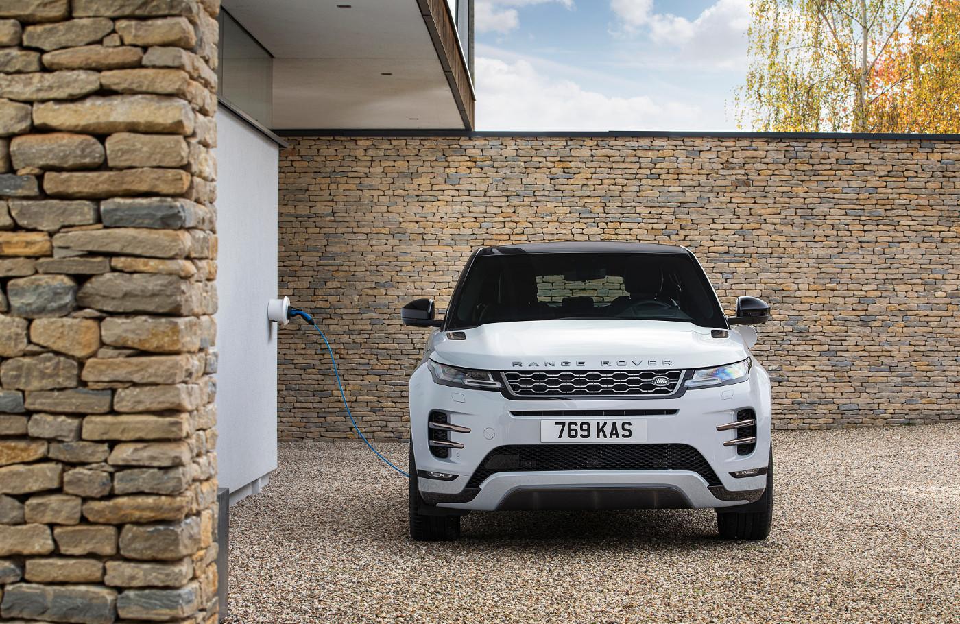 Evoque y Discovery Sport estrenan motor Plug-in Hybrid