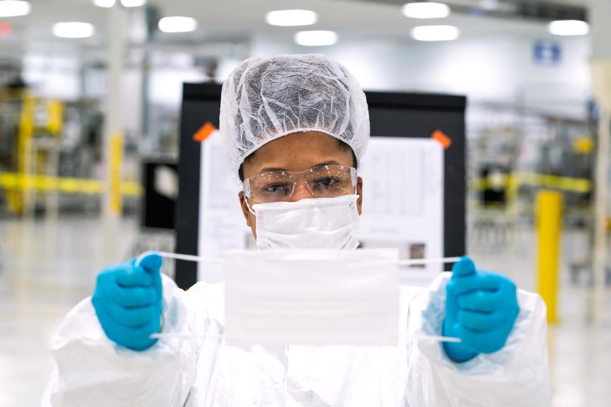 General Motors producirá 9 millones de mascarillas en México