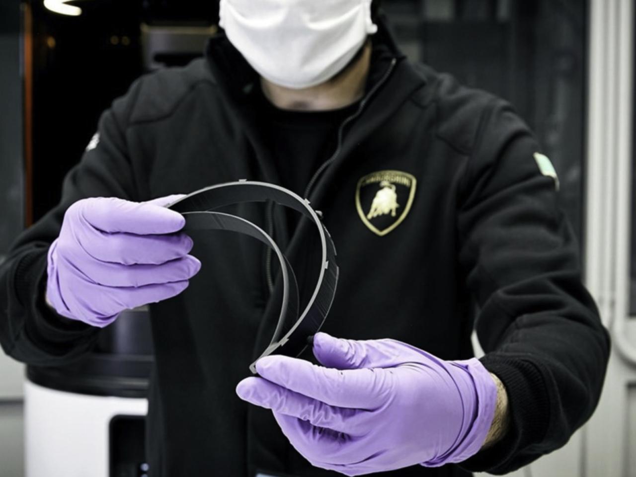Lamborghini comienza producción de máscaras por Covid-19