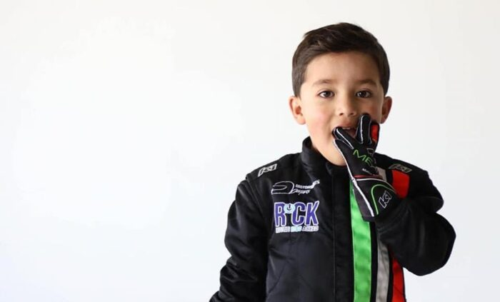 Mateo Garcia - Mateo Driver - futuro del automovilismo mexicano-Autos Memo Lira-estudio