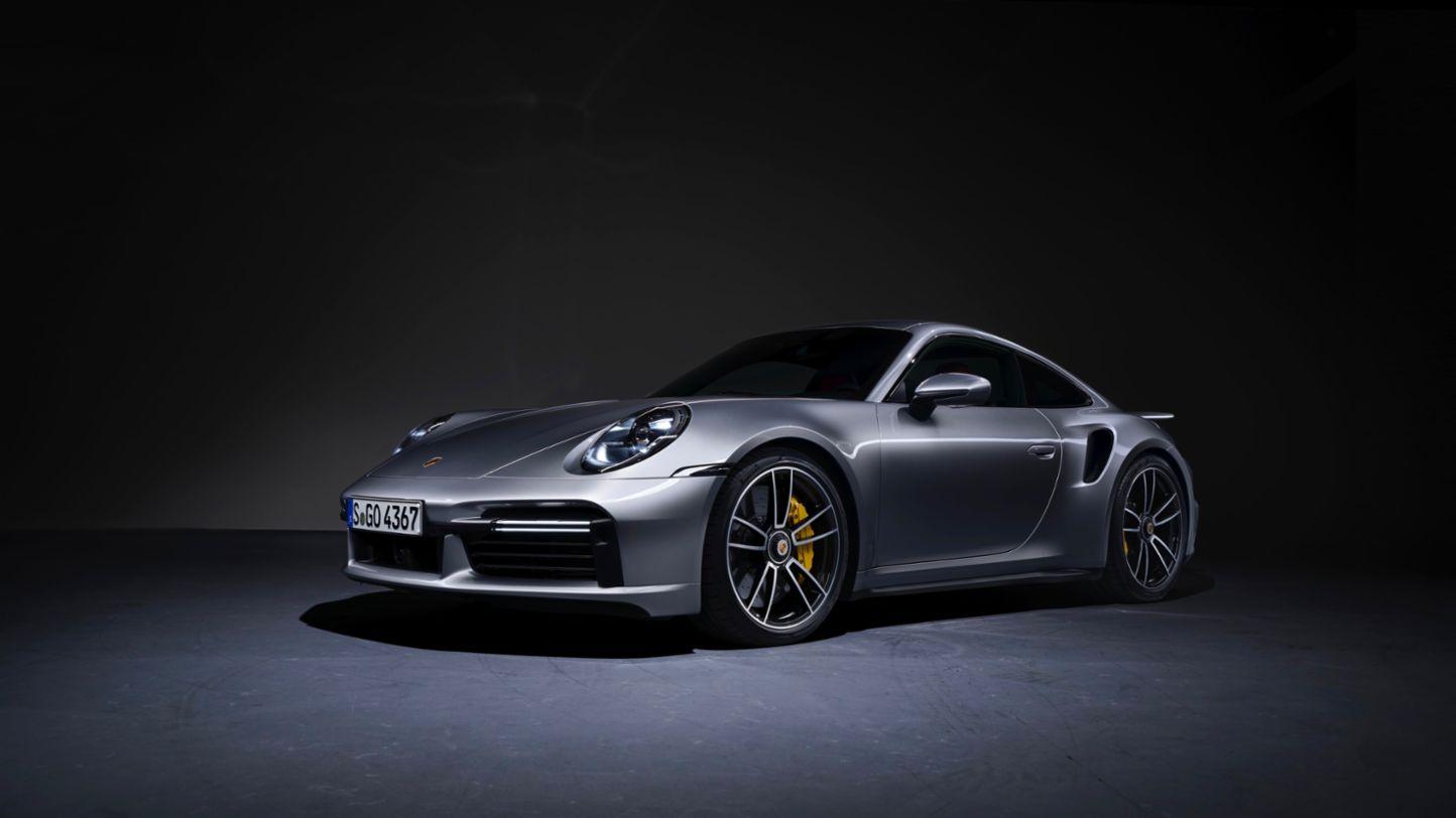 Porsche extiende garantía en sus vehículos tres meses más