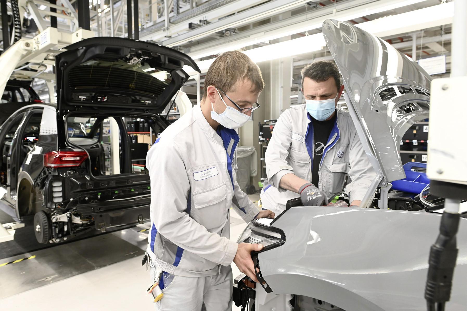 Ingenieros de Volkswagen desarrollan en México prototipo de respirador