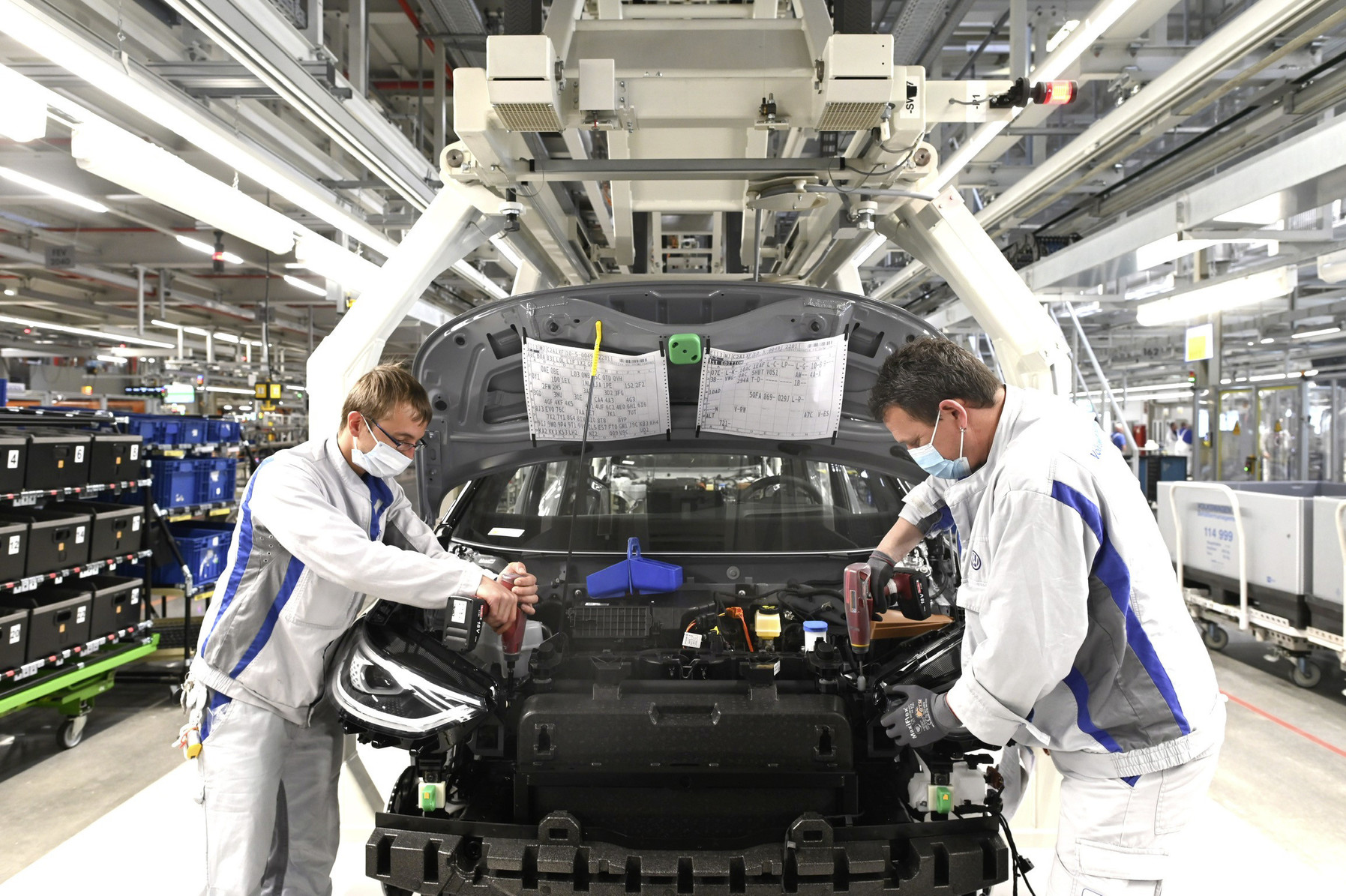 Volkswagen reinicia producción con el ID.3