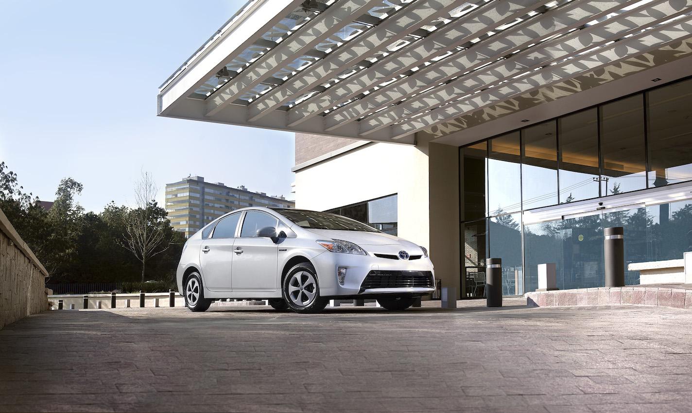¿Sabes cómo ayuda Toyota al medio ambiente?