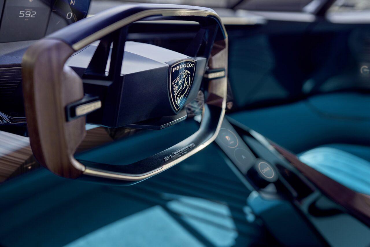 La historia del volante de Peugeot