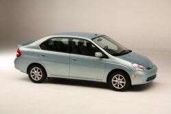Un pequeño coche híbrido que cambió la historia