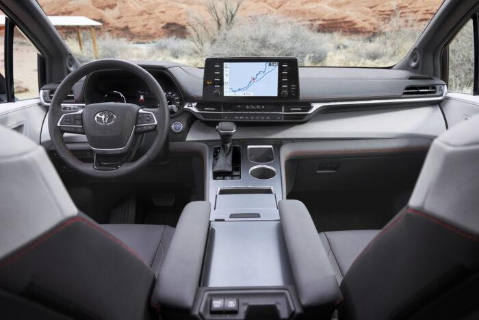 Presentan Toyota Sienna 2021 totalmente híbrida