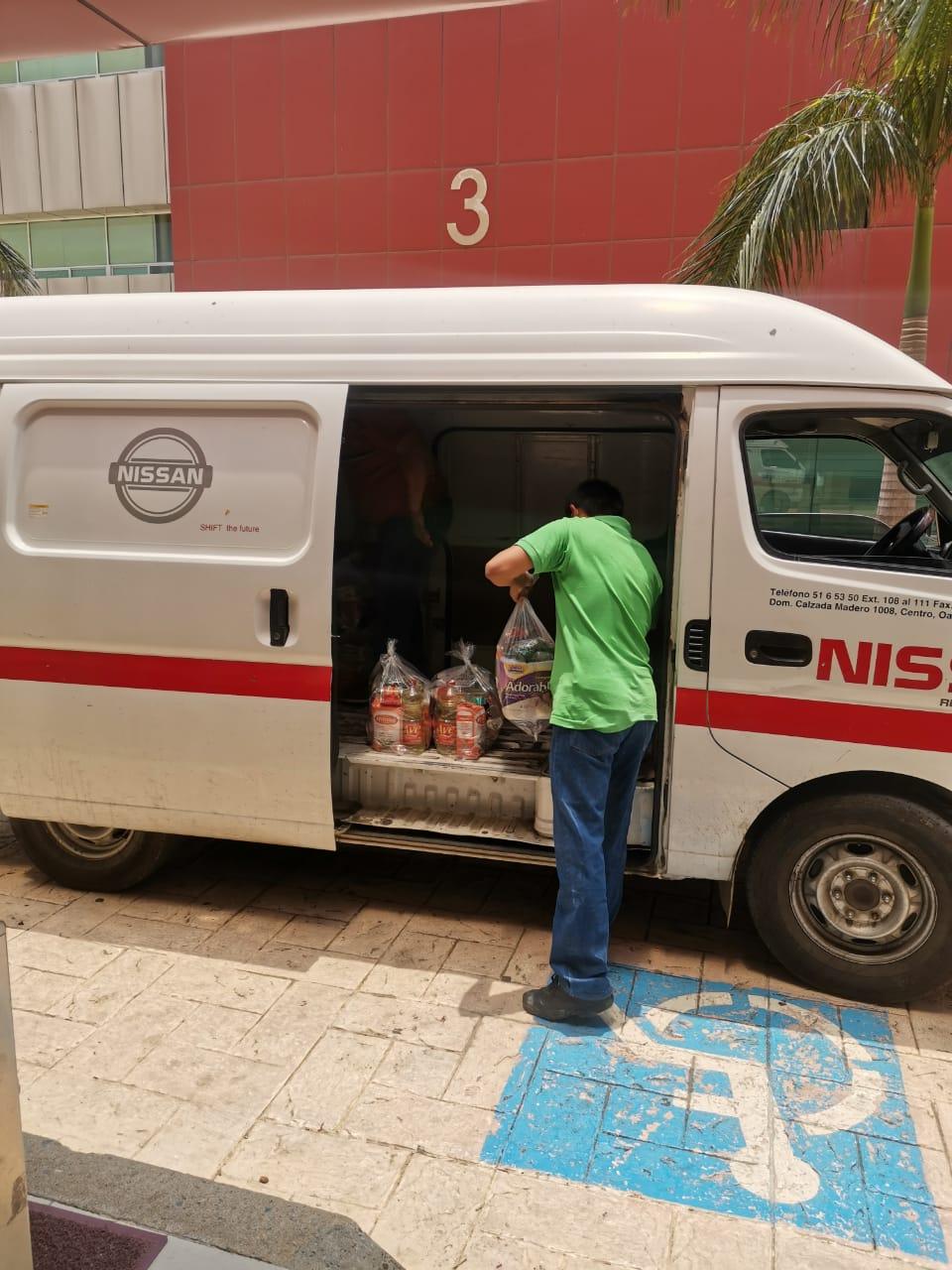 Nissan apoya con vehículos por COVID-19