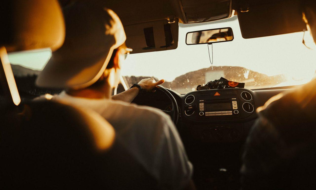 Conducir un auto requiere de habilidades cognitivas