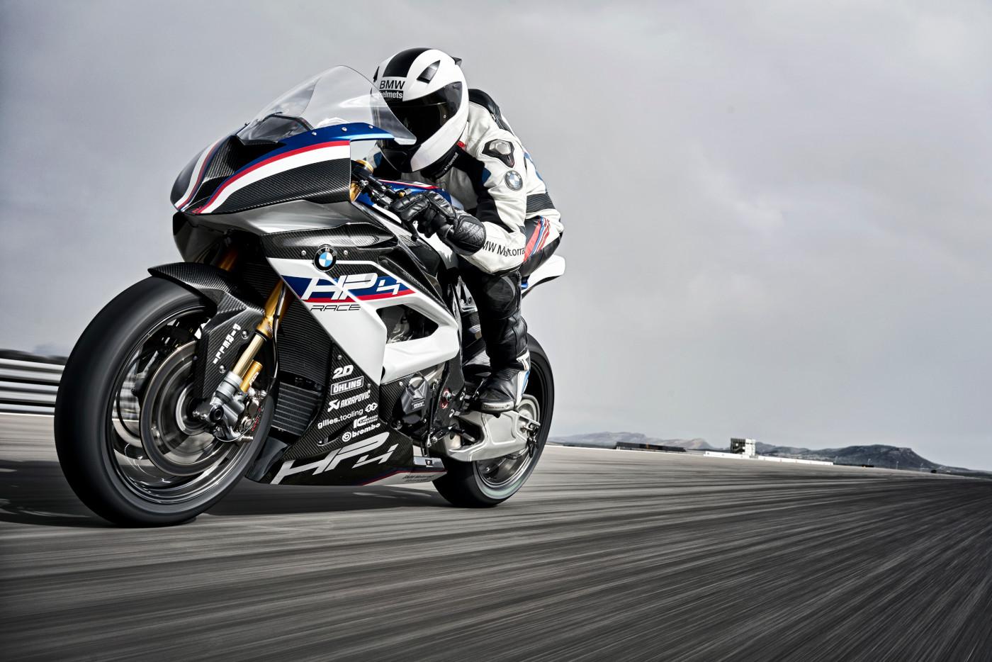 4 motocicletas hechas con fibra de carbono