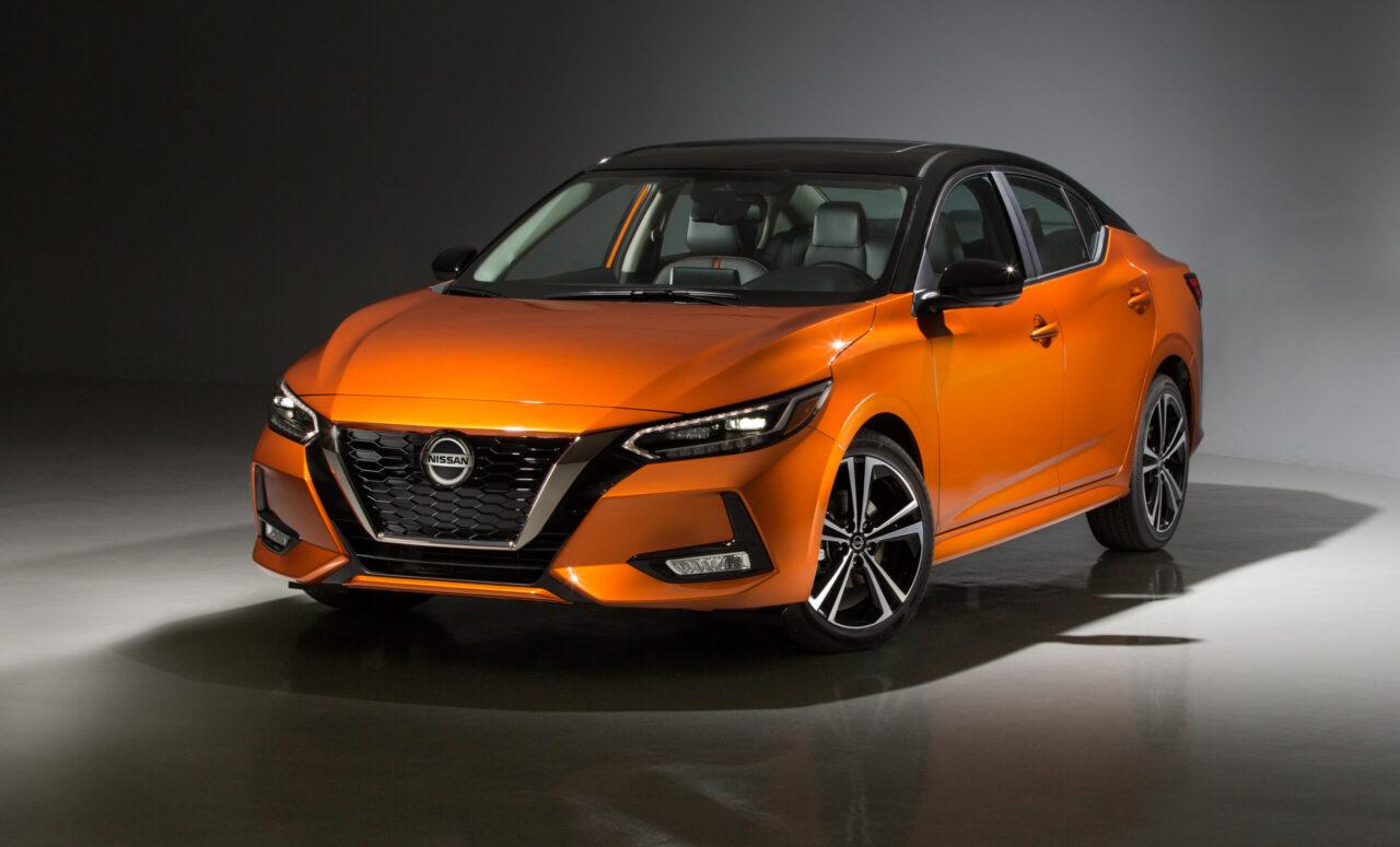 El nuevo Nissan Sentra llega mejor que nunca con un equipamiento extraordinario en su clase para México y de México para el mundo.