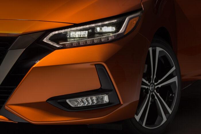 2020 Nissan Sentra_O-11-source