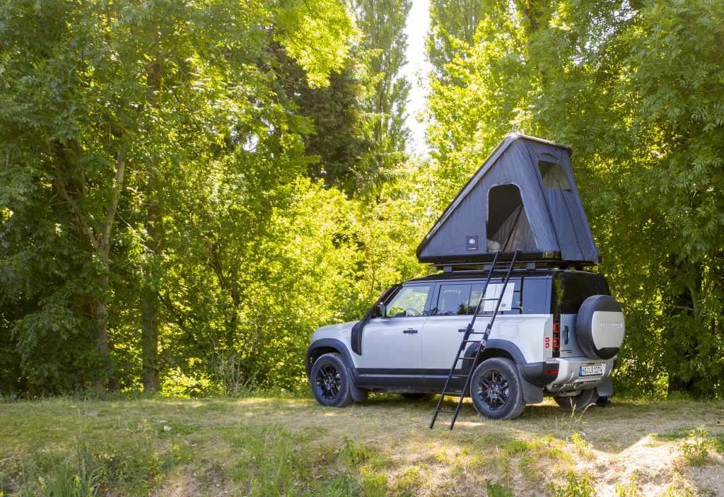Crean casa de campaña para Land Rover Defender