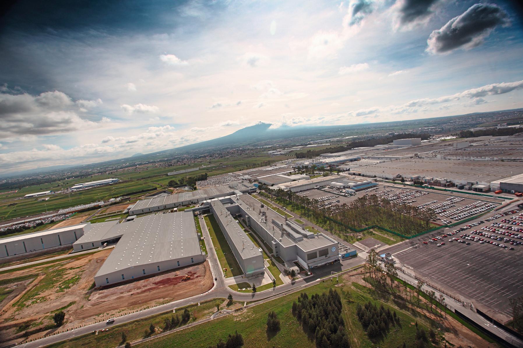 Todas las plantas de Volkswagen regresaron a producción