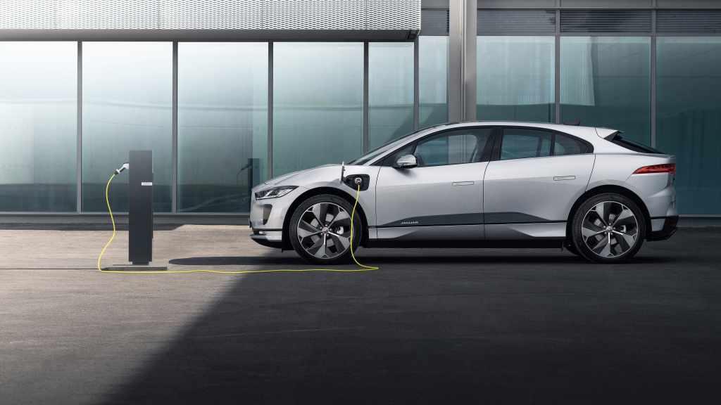 Jaguar I-Pace, estrena carga más rápida y nueva tecnología