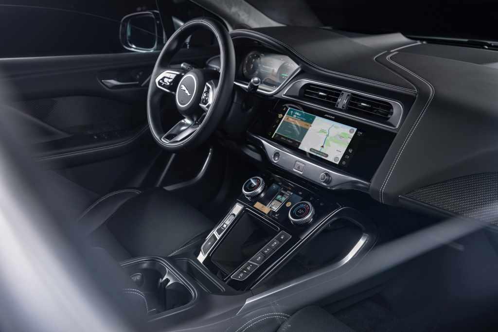 Autos de Jaguar Land Rover tendrán purificación de aire contra Covid-19