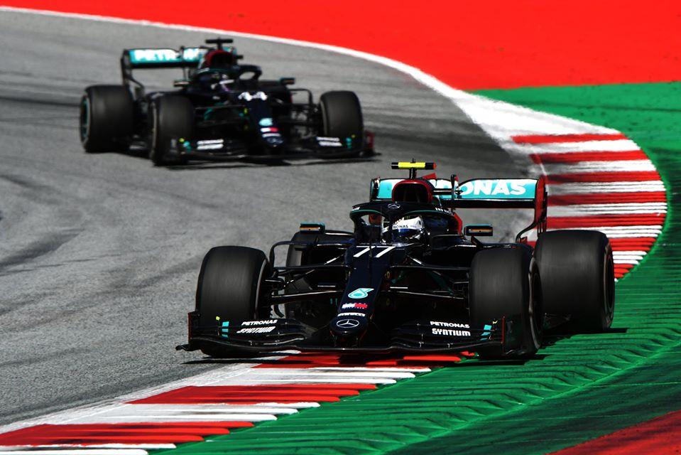 Mercedes encuentra problemas en sus monoplazas