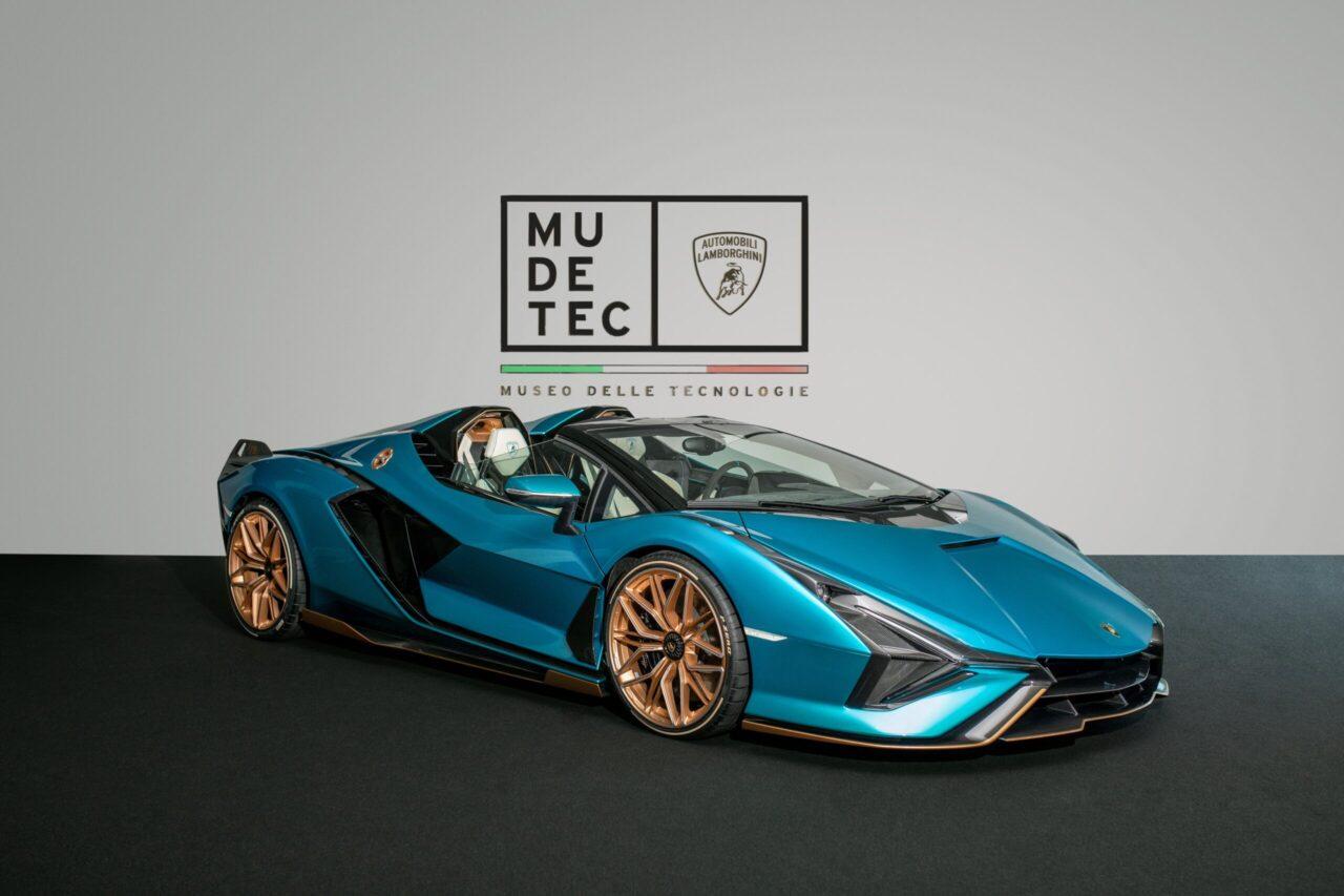 El nuevo Sián Roadster de Lamborghini está en el Museo