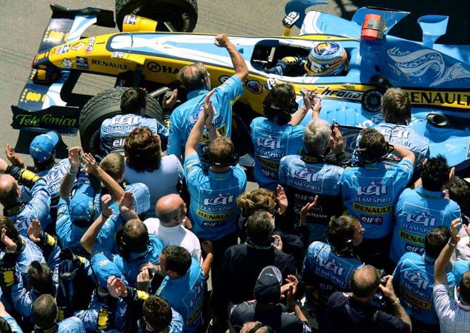 Alonso regresa a la Fórmula 1, compitiendo por Renault