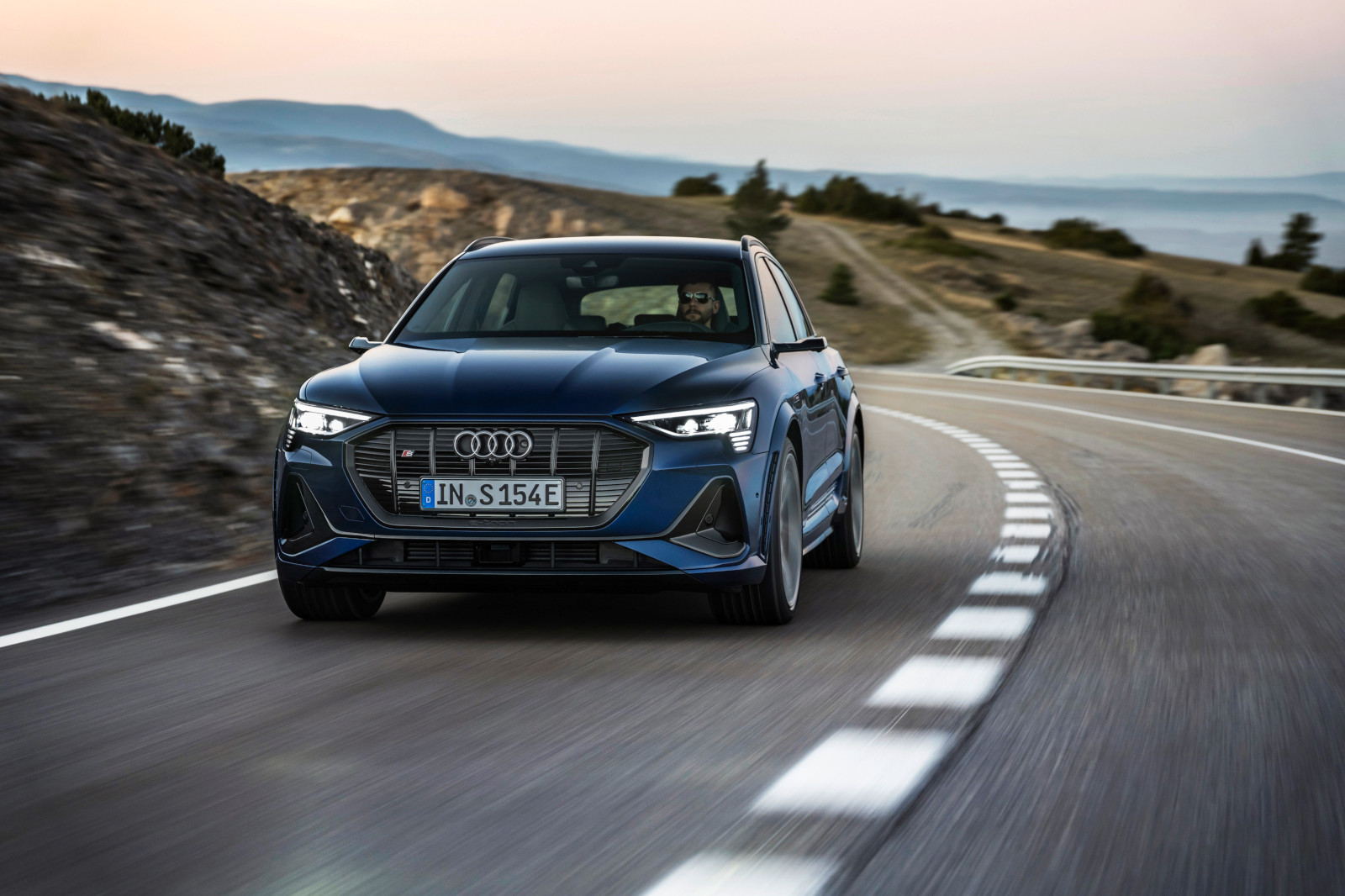 Audi e-tron S y Sportback, dos eléctricos innovadores