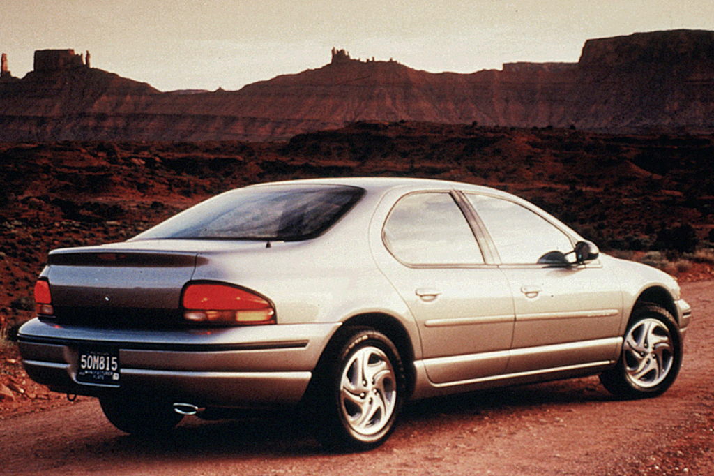Chrysler Stratus: el mejor de los tres mosqueteros