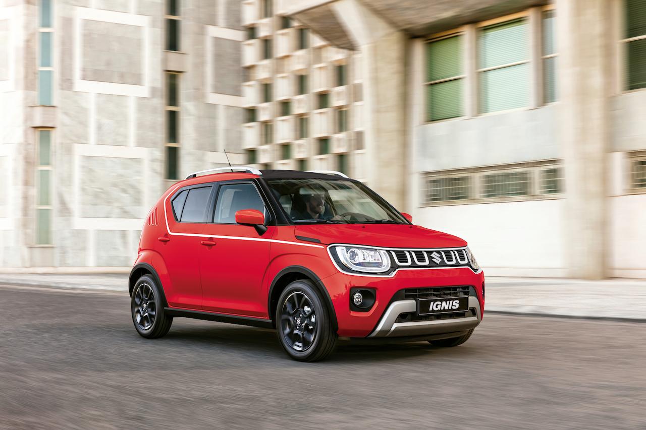 Suzuki Ignis 2021 llega en evento tipo auto cinema