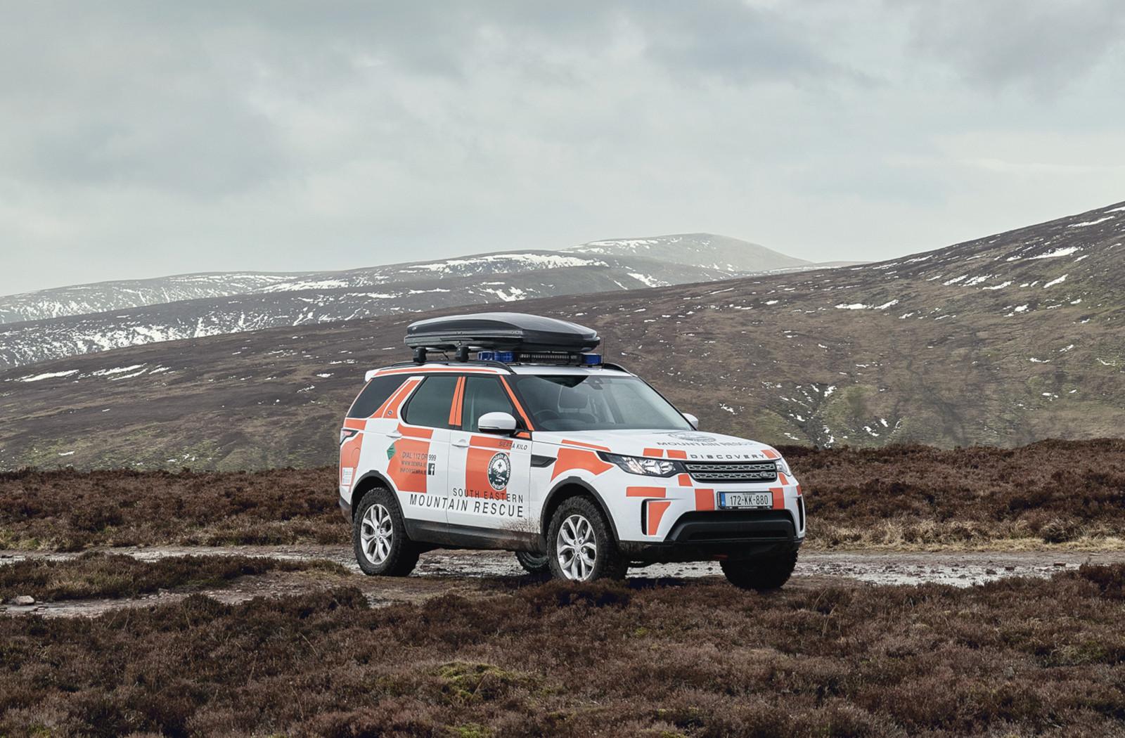 Land Rover Discovery muestra sus capacidades de servicio