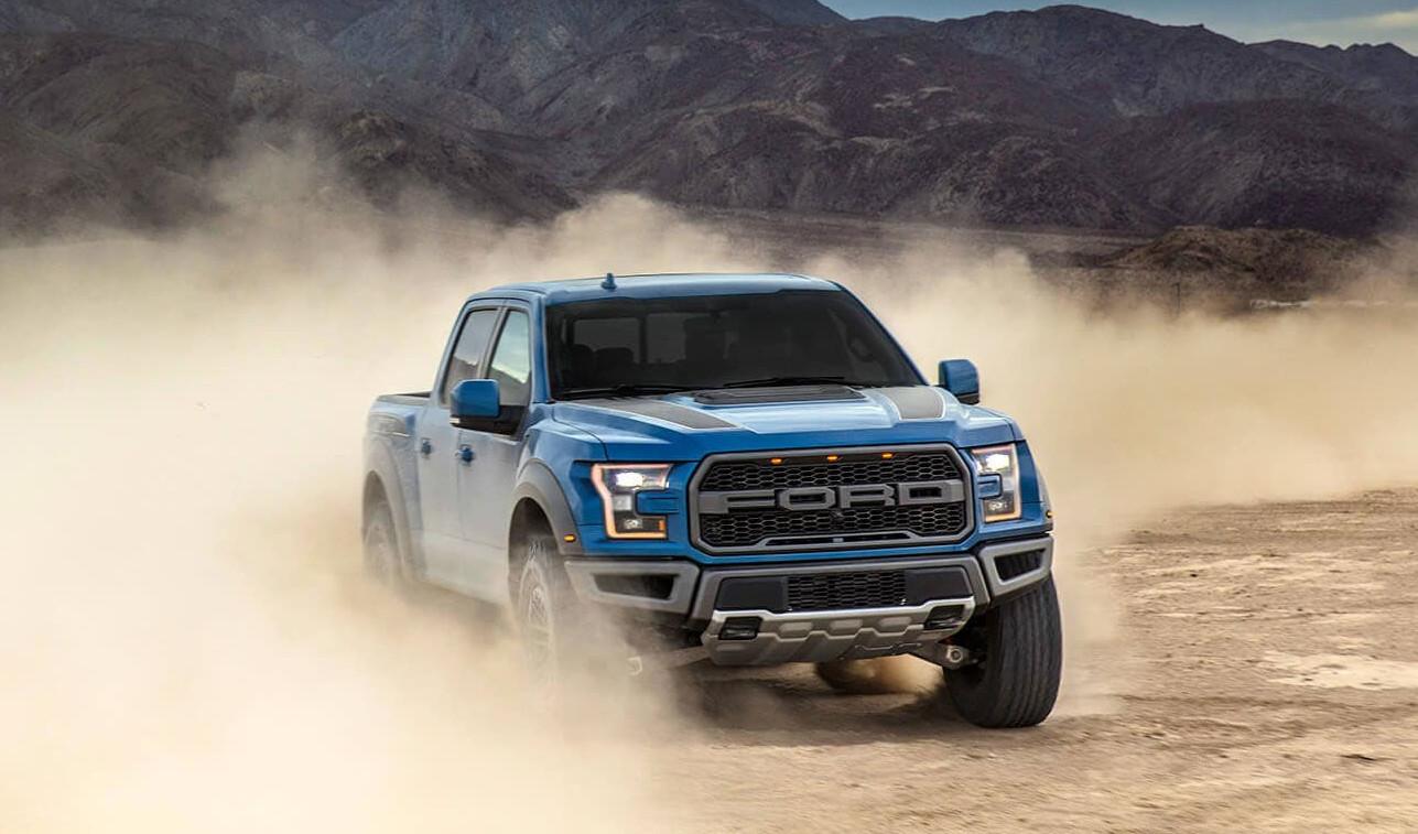 Martes de deportivos: Ford Raptor, Cheyenne High Country y RAM 1500 Mild-Hybrid Laramie Sport.